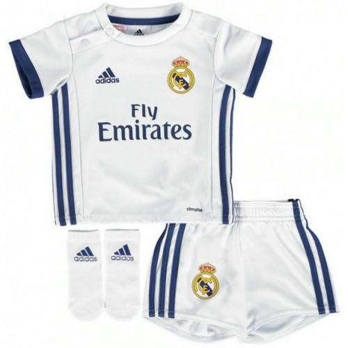 fb7677b1ac0be Ensemble Real Madrid Bébé 2016 2017 Maillot Short Chaussettes Domicile En  Soldes